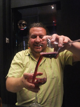 Wine decanting - Whatever goes!