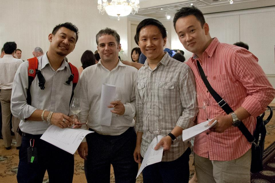 L to R: Alvin, Guy, the writer, Wai Xin