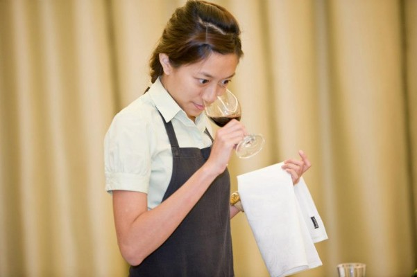 Sommelier who doesn't drink – Amanda
